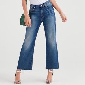 7 For All Mankind Vintage Cropped Cut Off Jeans